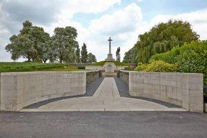 Anne Duquesne guide conferenciere Ypres Memorial Messines